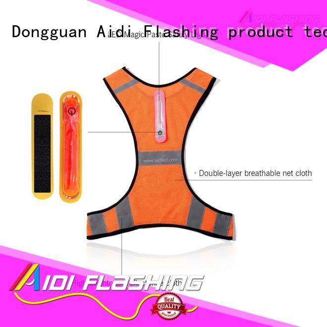 good visibility running vest customized for sports